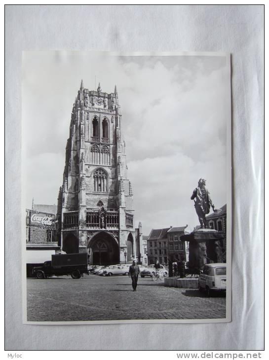 Tongres. Tongeren. Basilique Notre Dame Et Statue Ambiorix.Basiliek En  Ambiorix. 240 X 180 Mm.Pub Coca Cola. Camion - Lieux