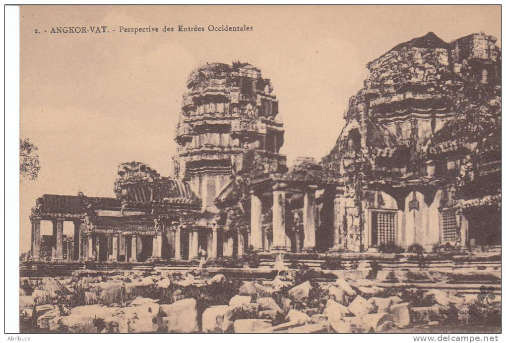 Cambodge-Angkor  Vat-perspective Des Entrées Occidentales - Kambodscha