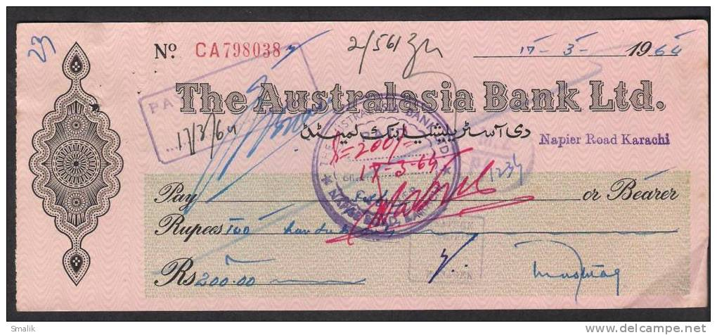 PAKISTAN Cheque The Australasia Bank Ltd. Napier Road Karachi 17-3-1964 - Bank & Insurance