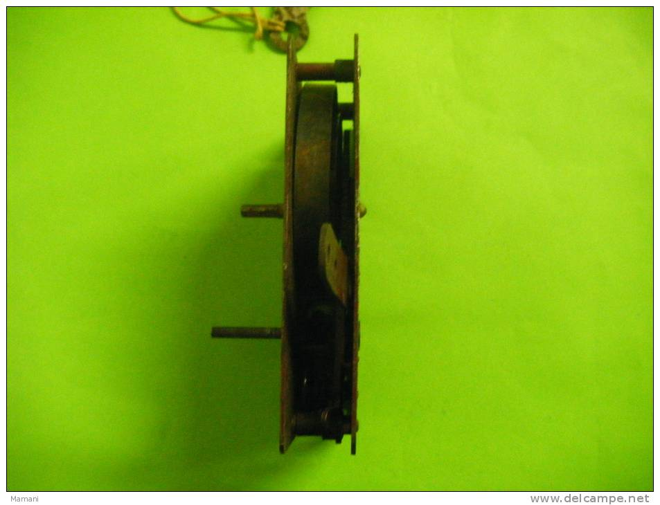 Piece De Meccano Avec Sa Cle +3 Roues A Boudin N°20 B  Diametre 19m/m-. - Meccano