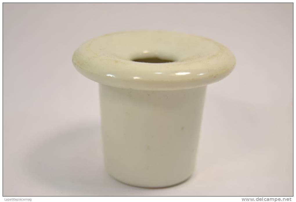 Ancien Encrier De Table / Pupitre / Bureau, Style école. Porcelaine Blanche. Fin 19eme / Début 20eme Siècle - Inkwells