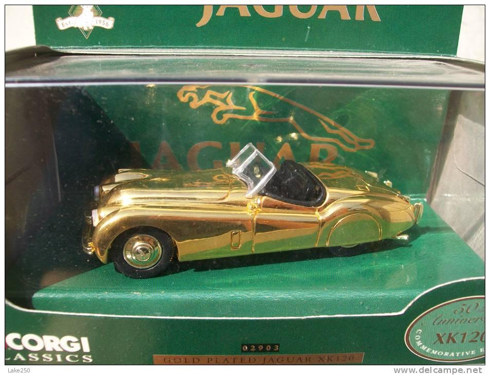 CORGI TOYS  - JAGUAR XK 120 GOLD PLATED AVEC SA BOITE Scala 1/43 - Corgi Toys