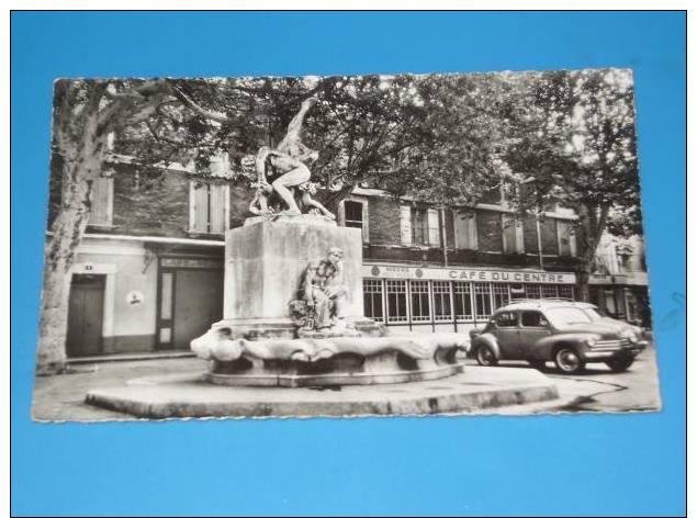 CPSM 84 BOLLENE Format Cpa Les Lutteurs Cafe Du Centre RARE VUE - Bollene