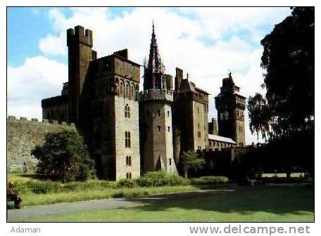 Pays De Galles        Cardiff Castel From Bute Park . - Autres