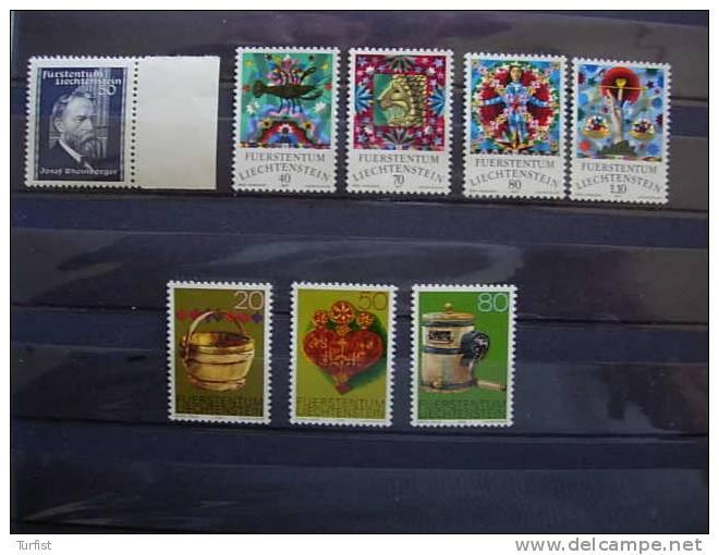 LIECHTENSTEIN (**) 152A - 608/11 - 688/90 COTE 11,50 EUROS - Collections