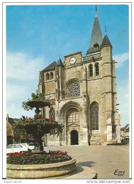 Eure : LE  NEUBOURG :   Vue De L'  église  St  Paul - Le Neubourg