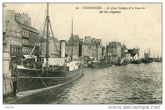 N°23331 -cpa Cherbourg -le Quai Caligny Et Le Courrier Des Iles Anglaises- - Bateaux