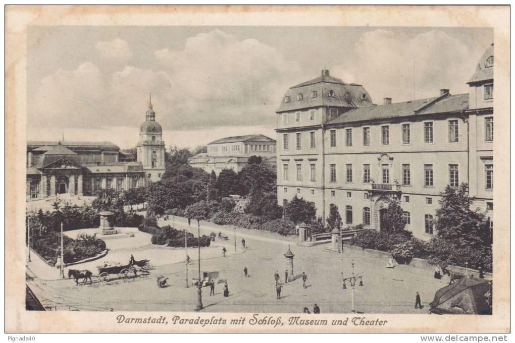 Cp , ALLEMAGNE , DARMSTADT , Paradeplats Mit Schloss , Museum Und Theater - Darmstadt