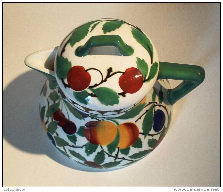 VILLEROY & BOCH Wallerfangen -1874-1909 - Teapot - Théière - Theepot - DI 1404 - Villeroy/Boch (LUX)