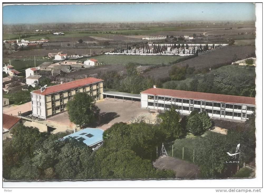 MAUZE SUR LE MIGNON - Collège D'Enseignement Général - Mauze Sur Le Mignon