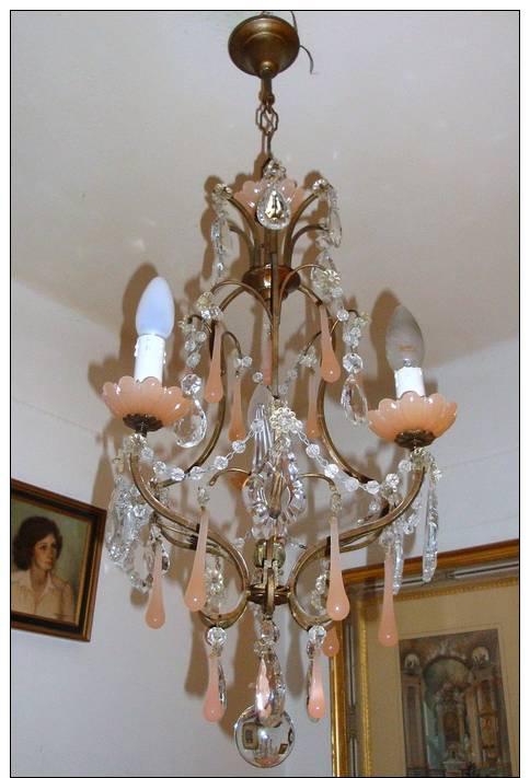 tres beau lustre ancien xix bronze pampilles coupes en opaline rose cristal. Black Bedroom Furniture Sets. Home Design Ideas