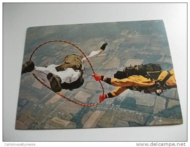 Pubblicitaria Epargrisivit Farmitalia  Gruppo Montecatini Edison Milano Paracadutisti Acrobatici - Paracadutismo