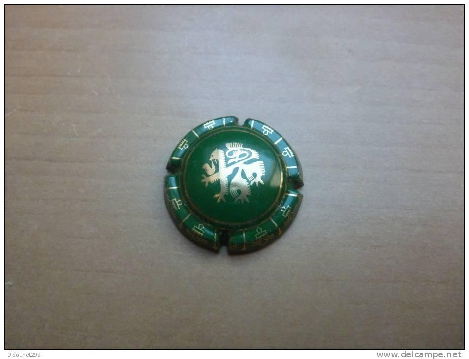 """Capsule """"Lion (à Définir)"""" (doré Sur Fond Vert) - Capsules & Plaques De Muselet"""