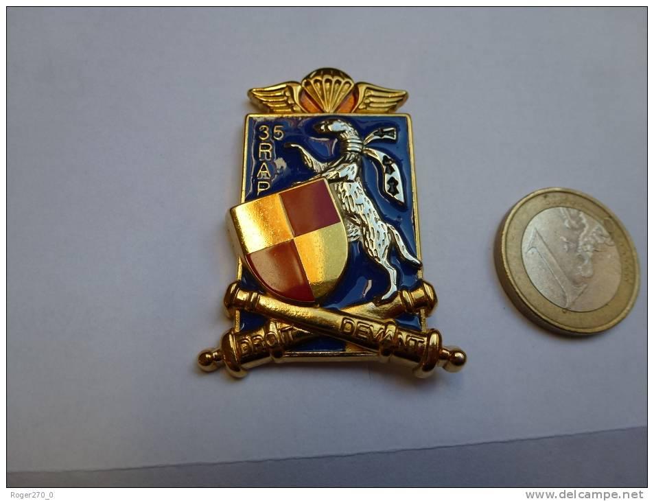 Insigne Militaire Neuf ( No Pin´s ) 35e RAP   , Parachutiste , Para , Armée , Régiment , Signé Boussemart - Militaria