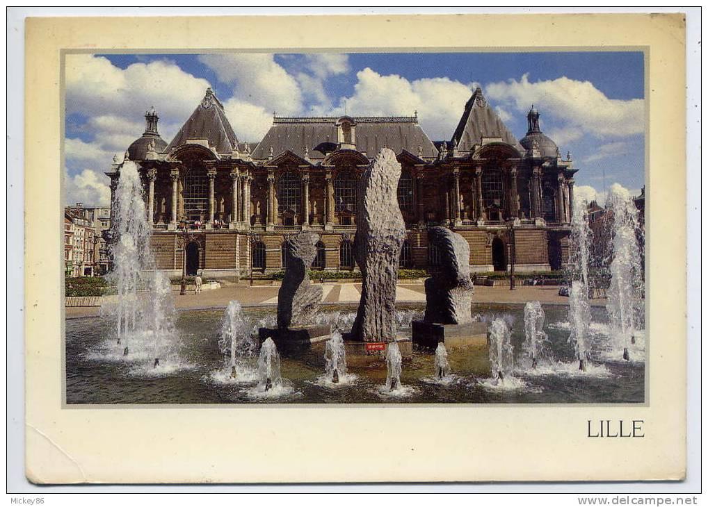 LILLE--Le Palais Des Beaux-Arts Et Ses Sculptures ,cpm  éd Combier - Lille