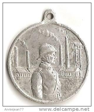 MEDAILLE - USINE ET SOLDAT / SOUVENIR DE L'OCCUPATION EN   HAUTE SILESIE 1920-1921 - France