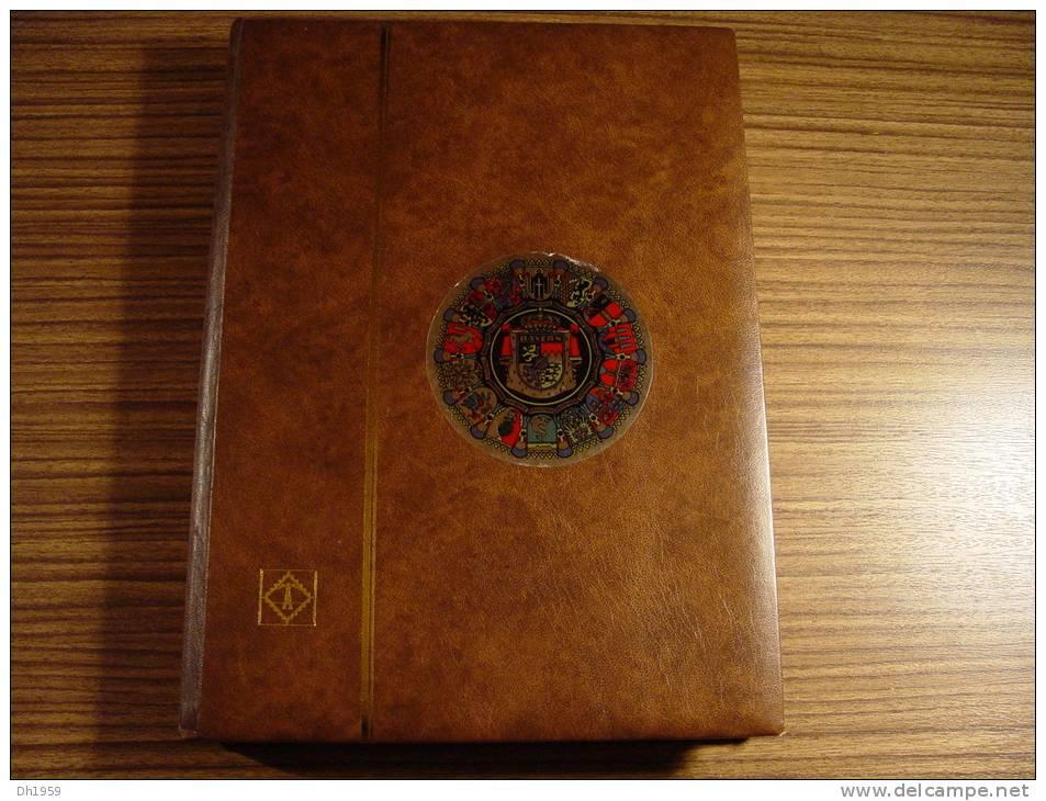 LIECHTENSTEIN COLLECTION / LOT AVEC ALBUM **/*/o - Collections