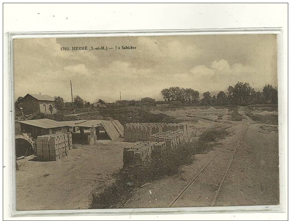 HERME N 1310 LA SABLIERE  BEAU CLICHE - Otros Municipios