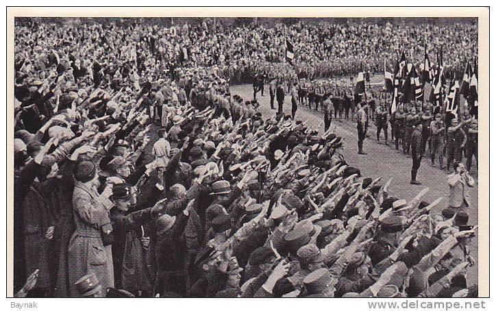 PHOTO WW2  -  1932 IN POTSDAM  -  ZIGARETTENBILDER - 1939-45