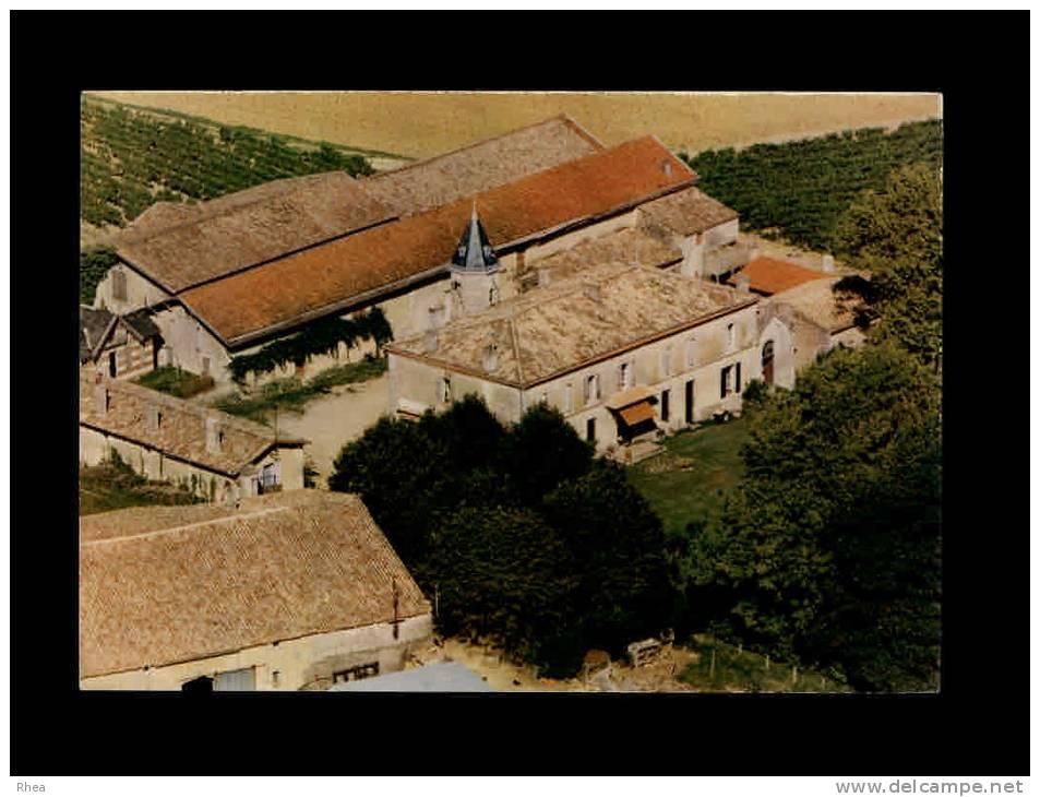 33 - SAINT-SEURIN-DE-BOURG - Château Laurensanne - Levraus Francis, Viticulteur - Vin - France