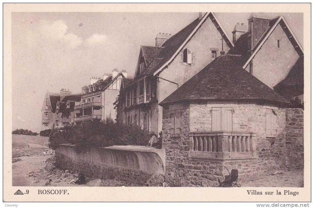 CPA 29  ROSCOFF ,Villas Sur La Plage.(animée) - Roscoff