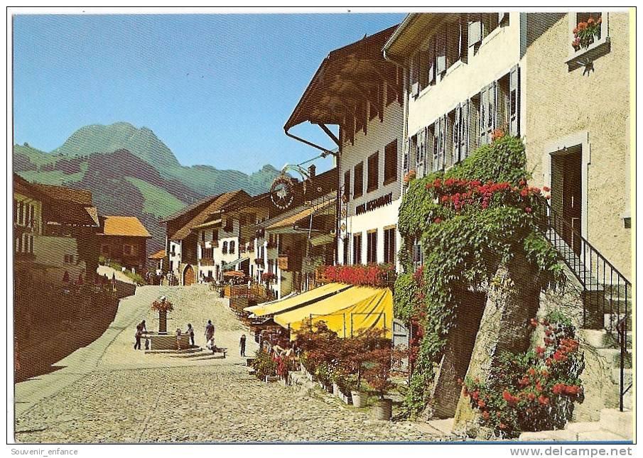 CP  Guyères Et Le Moléson Fribourg Suisse  ( Vieille Voiture Vieilles Voitures ) - FR Fribourg