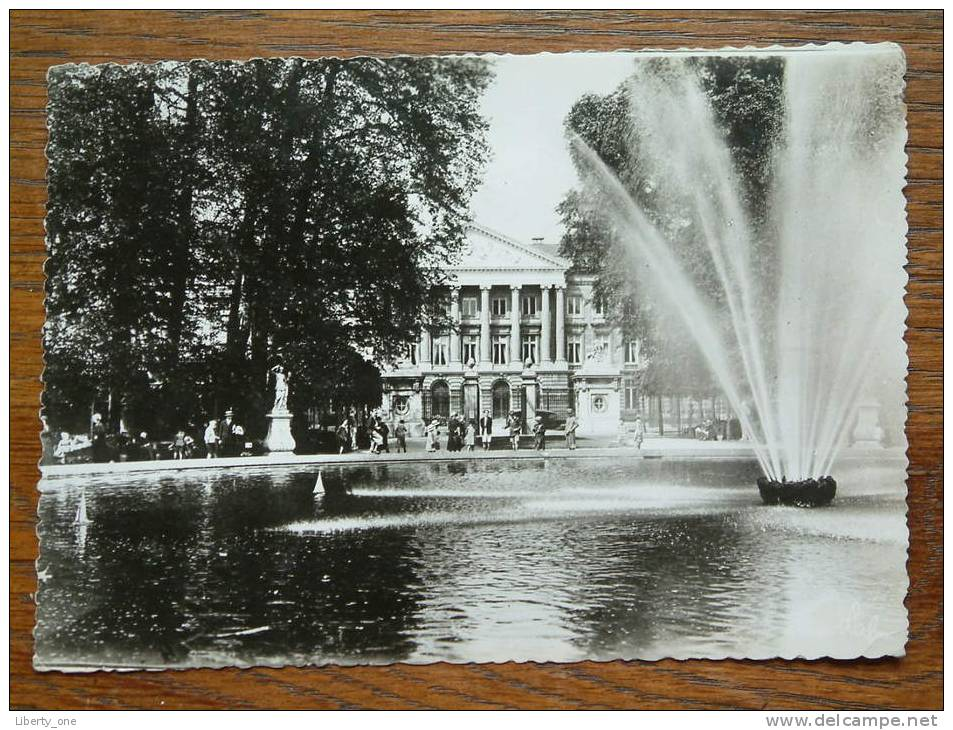 Le Parlement - The Parlement BRUSSELS / Anno 1958 ( Expo ) ( Zie Foto Voor Details ) !! - Internationale Instellingen