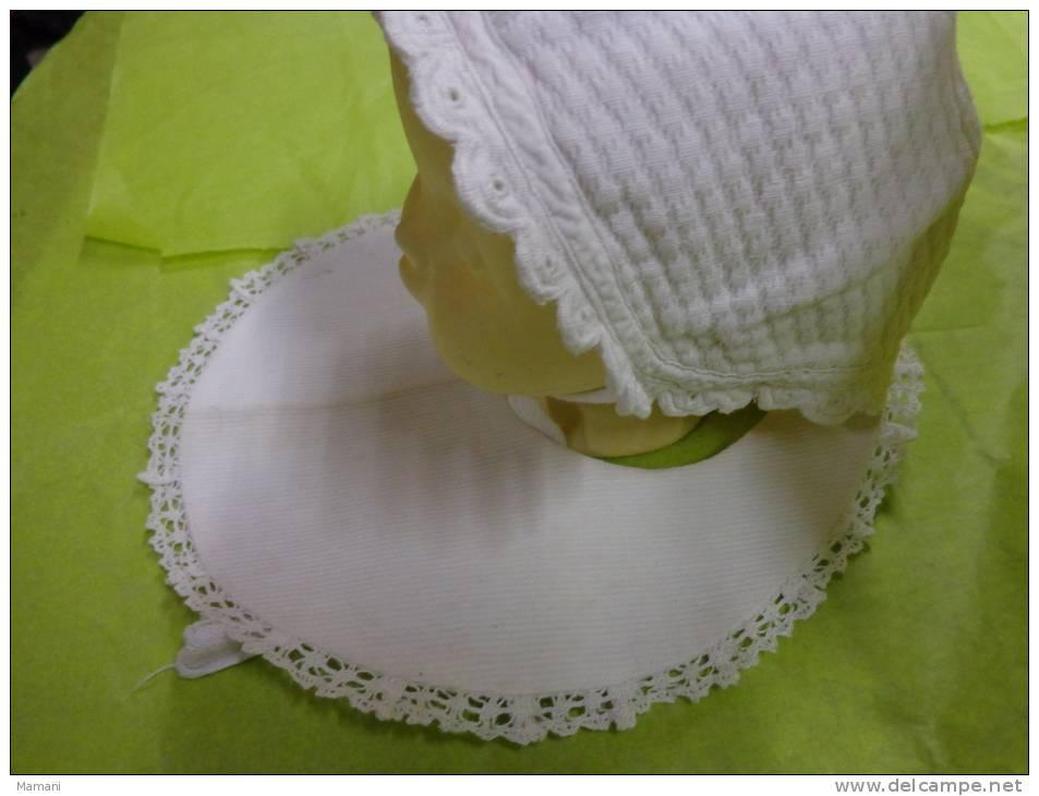 Coiffe Ou  Bonnet + Bavoir  De Bebe Pour Poupee Ou Poupon  (8)- - Other