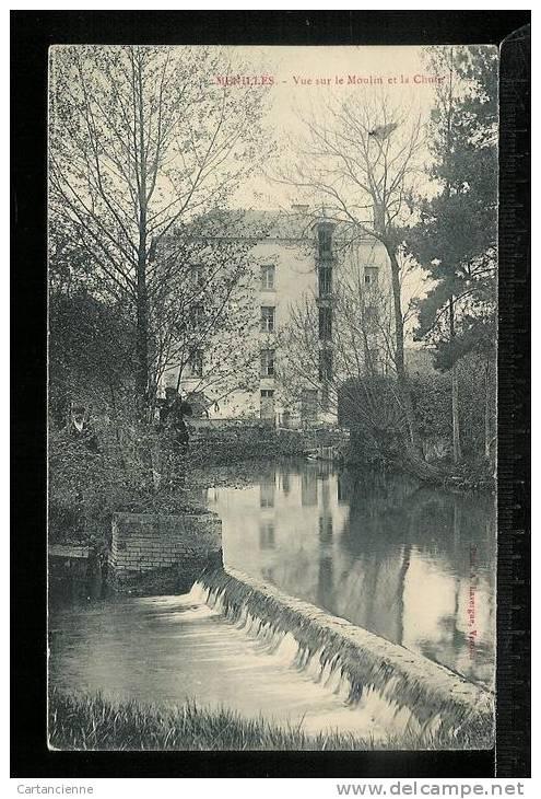 MENILLES -Vue Sur Le Moulin Et La Chute - France