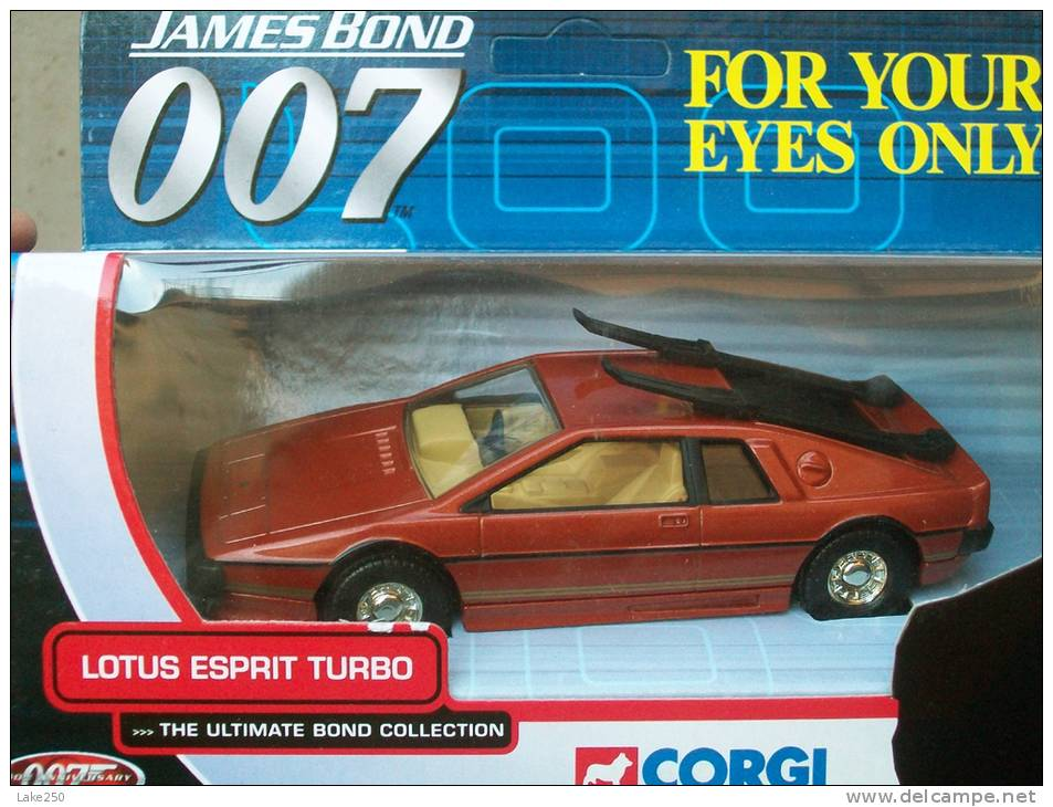 CORGI TOYS - SERIE 007 LOTUS ESPRIT TURBO AVEC SA  BOITE  Scala 1/36 - Corgi Toys