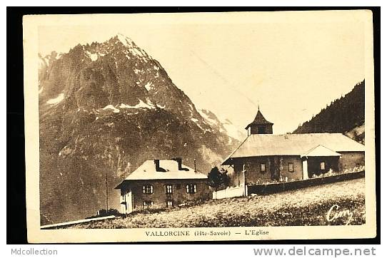 74 VALLORCINE / L'Eglise / - France