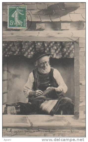 PONT L.' ABBE ( Un Vieux Brodeur Dans Son Echope ) - Pont L'Abbe