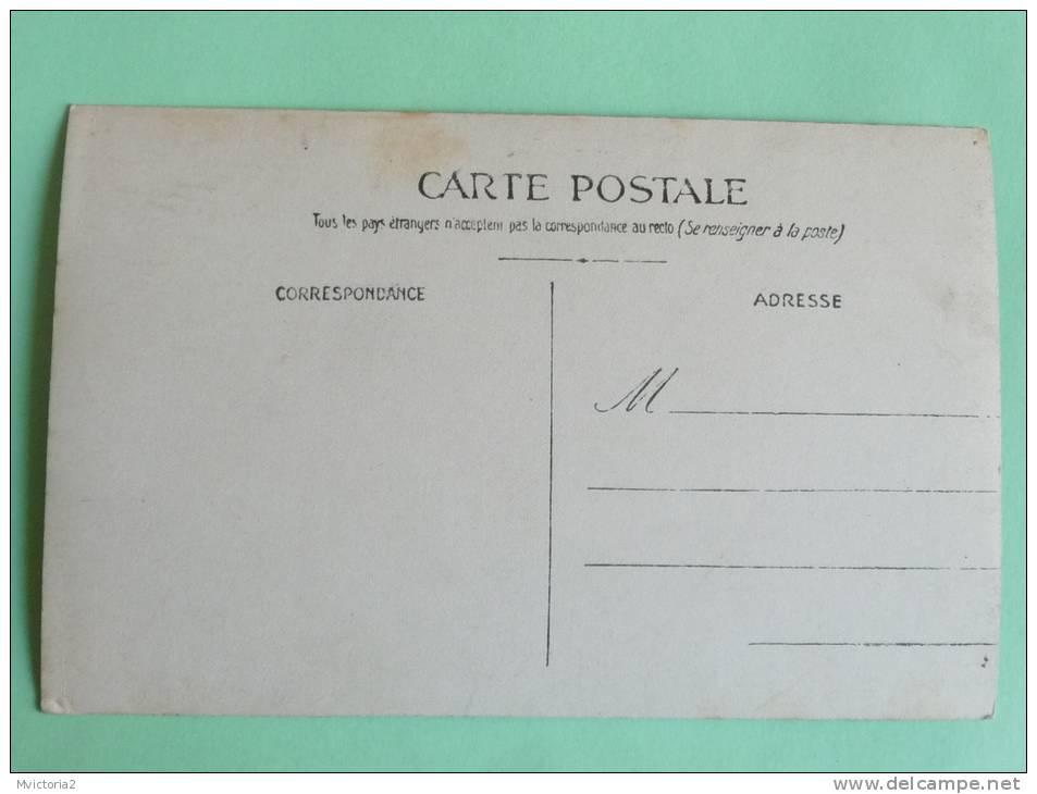 Kiosque De La Croix ROUGE - Croix-Rouge