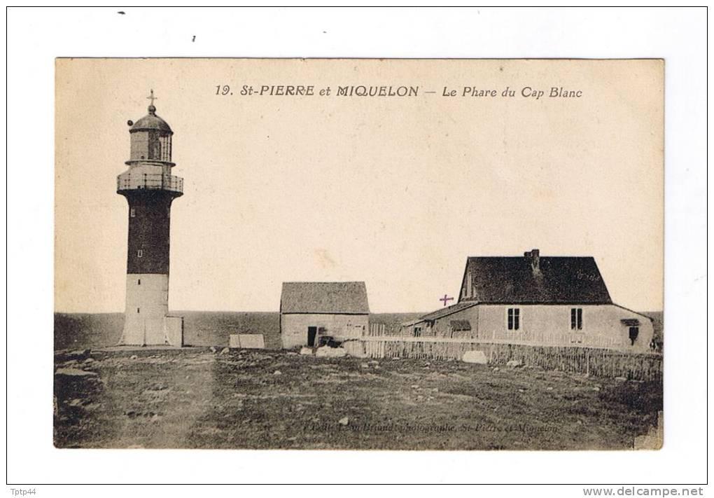 SAINT-PIERRE  ET  MIQUELON  - Le  Phare Du Cap Blanc - Saint-Pierre-et-Miquelon