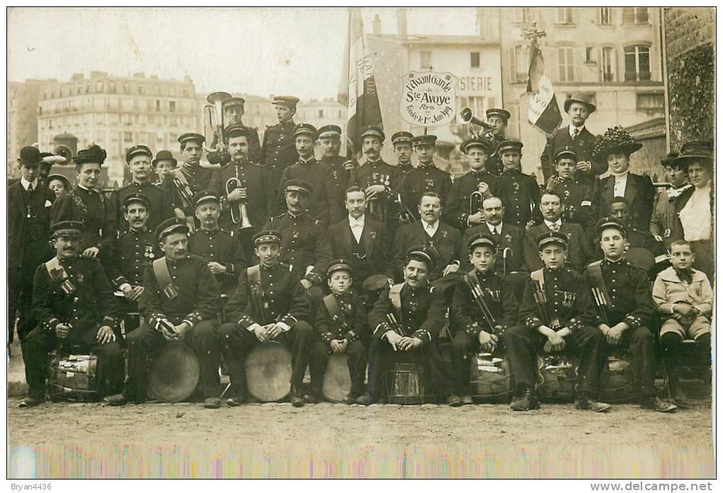 """Paris 3 ème - """"L´Avant Garde De Sainte Avoye""""-Fanfare Fondée En 1909 - Carte Photo En PARFAIT ETAT (voir 2 Scans) - Paris (03)"""