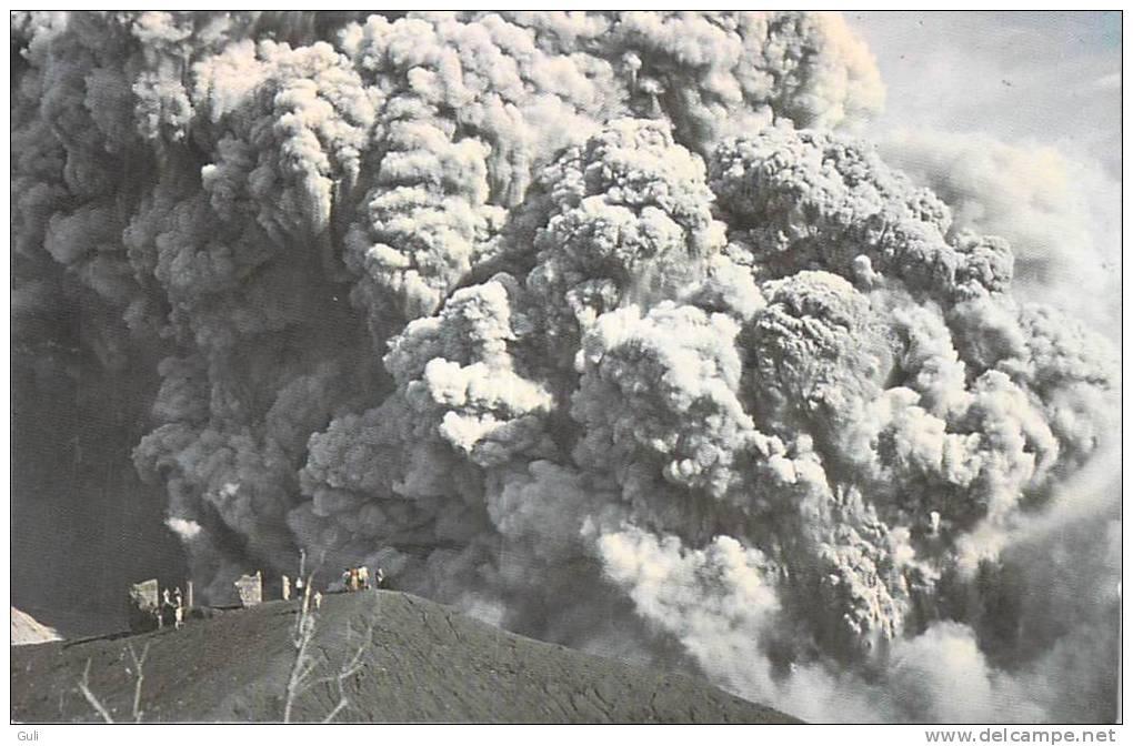 COSTA RICA- Lot ,ensemble De 2 Cpsm (14 X 9cms)(5 Scans)(Volcan IRAZU/Playas El Coco Guanacaste) Etat= Voir Description - Costa Rica