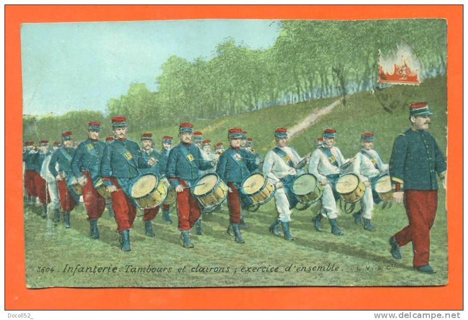 Infanterie - Tambours Et Clairons ; Exercice D'ensemble - Fanfare Militaire - Regiments