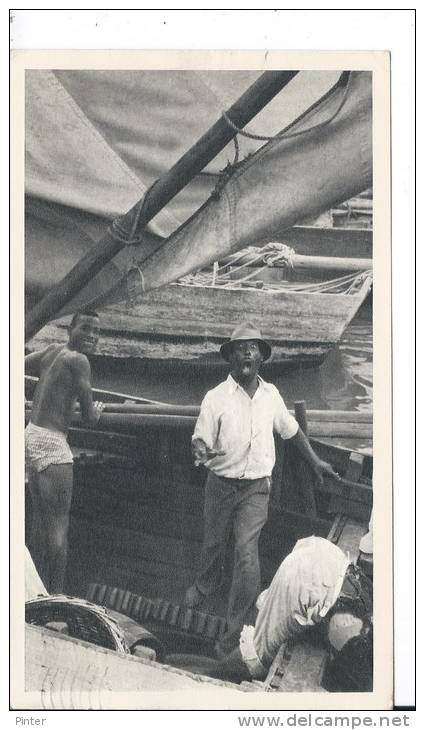BAHAMAS - Retour De Pêche - Carte Postale 18 X 10.5 Cm - Bahamas