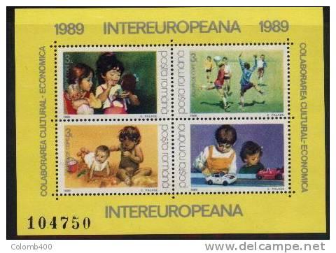 JEUX D´ ENFANTS  Fillettes, Poupees,Automobiles-jouets,Jeux De Ballon( Handball) Et De Plage   BF 203  Roumanie1989 - Sin Clasificación