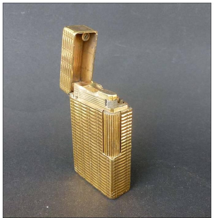 Briquet a gaz st dupont en plaque or 20 sans pierre sans gaz - Installation plaque gaz ...