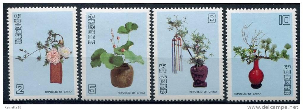 Taïwan                                 1691/1694 **      Fleurs/flowers - 1945-... République De Chine