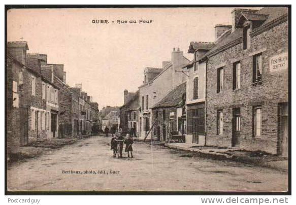 Guer - Rue Du Four - France - Guer Coetquidan