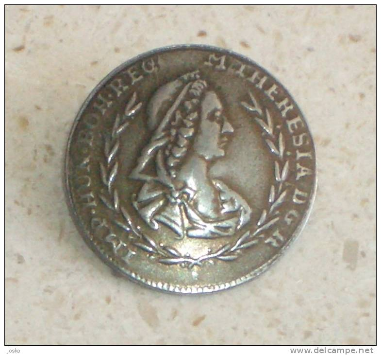 MARIA THERESA - Queen Of Austria And Hungary * Beautifull Vintage Picture Metal Button * Austro-hongrois Bouton - Buttons