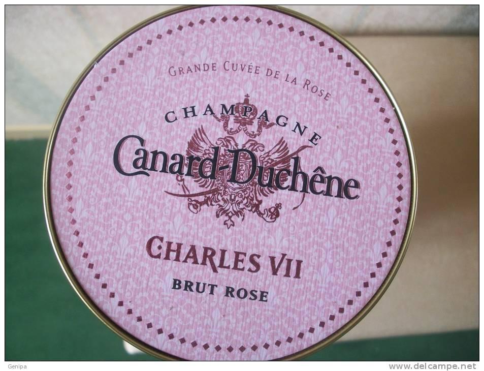 Boite De Champagne Canard Duchene Charles VII Rosé - Champagne & Mousseux