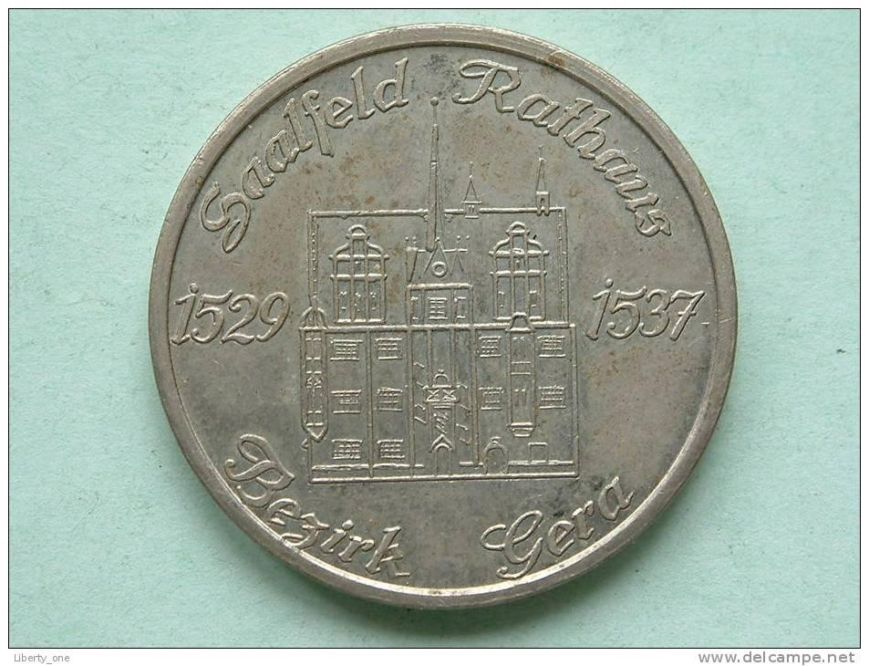 Bezirk GERA Saalfeld Rathaus / Wappen Der Stadt Gera ( 25.3 Gr. / 36 Mm. - Details Zie Foto´s ) !! - Autres