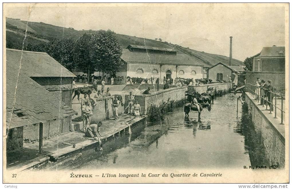Evreux – L´Iton Longeant La Cour Du Quartier De Cavalerie - Evreux