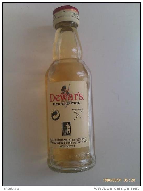 Mini Botella White Label. Escocia. - Otras Colecciones