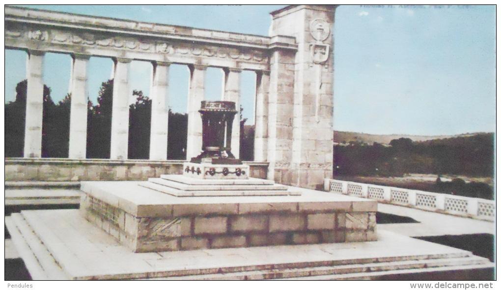 VARENNESMONUMENT AMERICAINJ124 - France