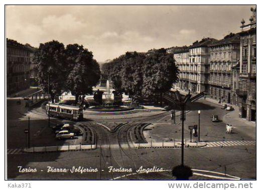 TORINO PIAZZA SOLFERINO + TRAM - Italy