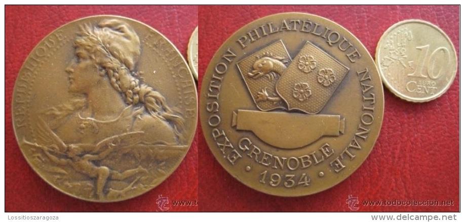 Medaille , Expositon Philatelique National Grenoble 1934 , Louis Bottee - Profesionales / De Sociedad